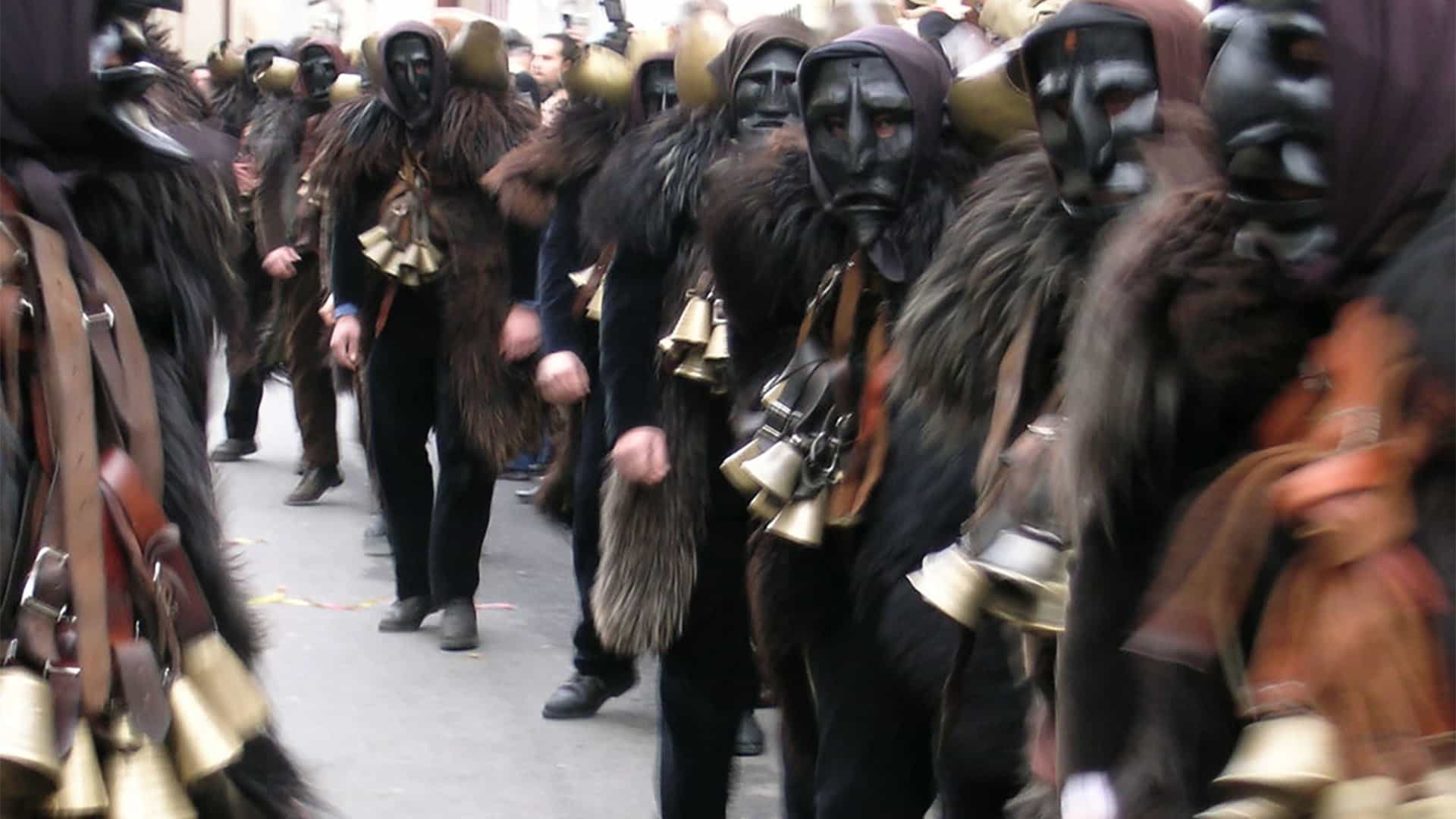 Sardegna_Carnevale_Mammuthones_Viaggidesign_04